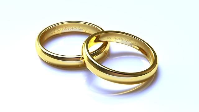 snubní prsteny s vyrytím